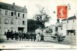 N°74213 -cpa Gannat -entrée Du Faubourg Saint James -gendarmerie Nationale- - Police - Gendarmerie