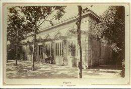 Photo Originale Collée Sur Carton - VICHY  - Les Célestins - Photo Mme CESAR Libraire - Vichy