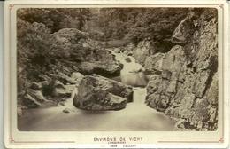 Photo Originale Collée Sur Carton - Environs De VICHY  - Le Gour Saillant - Photo Mme CESAR Libraire - Vichy