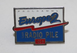 SUPERBE PINS - Europe2 - Sur Radio Pile - Medios De Comunicación