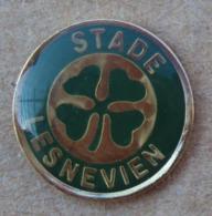 Pin's Sport Autre 002, - Stade Lesnevien - Badges