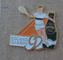 Pin's Sport Tennis 001, Roland Garros Perrier - Tennis