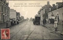 Cp Anjou Maine Et Loire, Perspective De La Route A La Sortie De Champtoce, Auto - Autres Communes