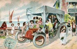 BEBES DANS UN CAROSSE AUTOMOBILE  - - Babies