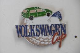 Pin's - Automobiles VOLKSWAGEN CUP Sport GOLF - Volkswagen