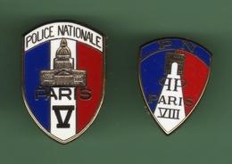 POLICE *** PARIS V Et VIII *** Lot De 2 Pin's Differents *** 1026 (30) - Police