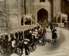 INDE INDIA DELHI  PROCESSION INDIAN CHIEF +- 25*20CMFonds Victor FORBIN (1864-1947) - Lugares