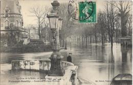 D92 - PUTEAUX-NEUILLY - BOULEVARD RICHARD WALLACE - LA CRUE DE LA SEINE 30 JANVIER 1910 -Homme Près De La Barque - Puteaux