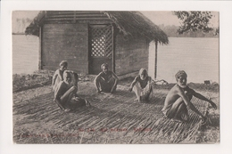 L-494 Ceylon Colombo Kalutara Sri Lanka Male Weavers Postcard - Postcards