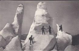 74----CHAMONIX---route Des Grands Mulets--ascension Des Séracs De Glace---voir 2 Scans - Chamonix-Mont-Blanc