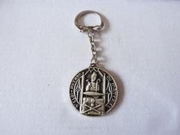 Porte Clefs   St Eloi  Patron  Du Matériel       Drago - Porte-clefs