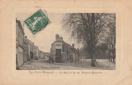 La FERTE-BERNARD  Le Mail Et La Rue Denfert-Rochereau - La Ferte Bernard