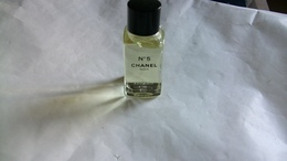 """Miniature De Parfum Chanel  """"n°5 """" Huile Intense Pour Le Bain - Miniatures Modernes (à Partir De 1961)"""