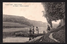 Vallée Du Doubs.Les Ougnez - Famille De Pêcheurs. - France
