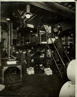 NEWSPAPER DAILY MAIL LONDON  PAPER, PULPE, IMPRIMERIE, IMPRENTA PRINTING +- 21*16CMFonds Victor FORBIN (1864-1947) - Fotos
