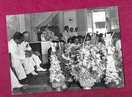 Ancienne PHOTO De PRESSE Années 1950 Personalités Au VIET-NAM, INDOCHINE, à Localiser... CACHET Au Dos..2 Scans - Lieux