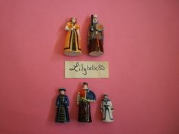 Série Complète De 5 Fèves PERSO En Porcelaine - LES GEANTS DE DOUAI 2019 ( Feve Figurine Miniature ) RARE - Regio's