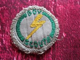 BOY SCOUT SCOUTISME Écusson Blason Tissu Brodé De 1948 - Écussons - Blasons Crest Coat Of Arms Scouts Baden Powell - Blazoenen (textiel)