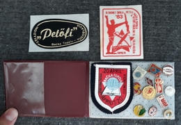 Backa Topola LOT 12 Badges + 3 Stickers - Marcas Registradas