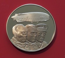 Bronze Medal Medallion Royal Air Force RAF History Man In Flight First Airship To North Pole Umberto Nobile - Professionali/Di Società
