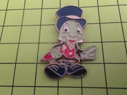 211c Pins Pin's / Rare & Belle Qualité THEME DISNEY / DESSIN ANIME PERSONNAGE DE PINOCCHIO JIMINY CRICKET - Disney