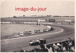 Photo Ancienne  REIMS CIRCUIT AUTOMOBILE DE GUEUX  JACK BRABHAM FERRARI COURSE  PRIX FIXE - Cars