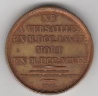 Médaille LAZARE HOCHE 1821 En Bronze  - 031 - Otros