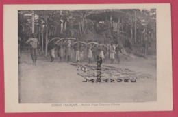 AFRIQUE--CONGO FRANCAIS---Arrivee D'une Caravane D'Ivoire---animé - Frans-Kongo - Varia
