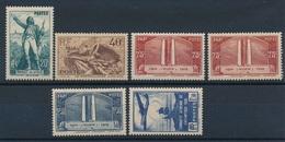 CZ-75: FRANCE:lot** Avec  N°314/315-316(2)-317-320 - Unused Stamps