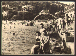 DUBROVNIK Naked Trunk Man Guy And Woman On Beach Old Photo 11x8 Cm #26547 - Anonymous Persons