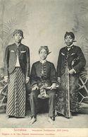 Indonesia, JAVA SOERABAIA, Native Civil Servants, Writers (1908) Postcard (2) - Indonesië