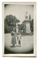 MUJER CON NIÑOS, WOMAN WITH BOY, FEMME AVEC ENFANTS - FOTO PHOTO CIRCA 1950's SIZE 9X14 CM- LILHU - Personas Anónimos