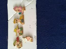 Pin S Arthus Bertrand 5 Pieces - Medias