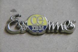 Pin's - Informatique IBM CE ESSONNES CORBEIL 91 - Computers