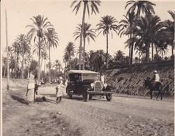 LYBIE Voiture Automobile Oasis De TAGIURA Septembre 1926 Photo Amateur Format Environ 7,5 Cm X 5,5 Cm - Cars