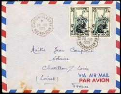 """1955 N° 322 Paire Obl C-à-d Hexagonal Pointillé D'agence Postale """"STATION - ALAOTRA MADAGASCAR 26/10/55"""". TB - Madagascar (1889-1960)"""