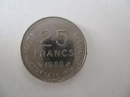 Comores: 25 Francs 1982 - Comoren