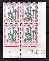 FRANCE 1960 / 1983 - BLOC DE 4 TT / Y.T. N° 96  - COIN DE FEUILLE / DATE / NEUFS** - Angoli Datati