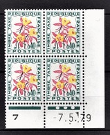 FRANCE 1960 / 1983 - BLOC DE 4 TT / Y.T. N° 100  - COIN DE FEUILLE / DATE / NEUFS** - Angoli Datati