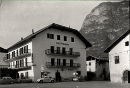 ! Foto Ansichtskarte 1967 Cortina All Adige, Kurting An Der Etsch Bei Bozen, Hotel Teutschhaus, Autos, VW Käfer, BP Tank - Bolzano