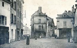 49 - Doué La Fontaine - Place D'Orléans - Doue La Fontaine