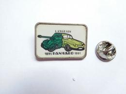 Beau Pin's , Armée Militaire , Char Panhard , Engin Blindé De Reconnaissance , Auto PL17 , Musée Langeais - Army
