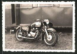 Fotografie Motorrad Matchless, Krad Mit 2-Zylinder Motor - Cars