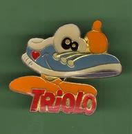 TRIOLO *** 1030 - Badges
