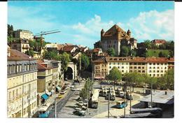Cpsm Lausanne - La Place Du Tunnel Et Le Château .(édit. Marco Danzi & Co ). - VD Vaud