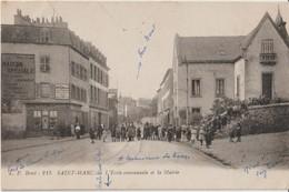 SAINT - MARC - L'Ecole Communale Et La Mairie. Personnages ( Enfants ) Posant Pour La Photo. Commerces. Carte Animée. - France
