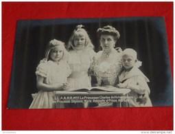 S. A. R. Madame La Princesse Charles De Hohenzollern, Princesse Joséphine De Belgique Et Ses Enfants - Familles Royales