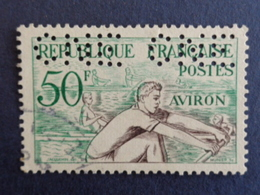 1953 PERFORATION C N E CERES N° 964 - Perforés