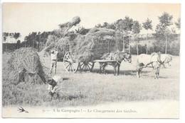 Cpa...a La Campagne... Le Chargement Des Gerbes...attelage......animée... - Cultures