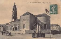 Plonéour-Lanvern - L'Eglise Et La Place - Animation - France